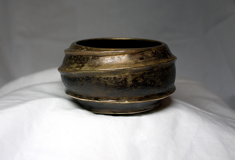urushi bowl cast bronze spiral