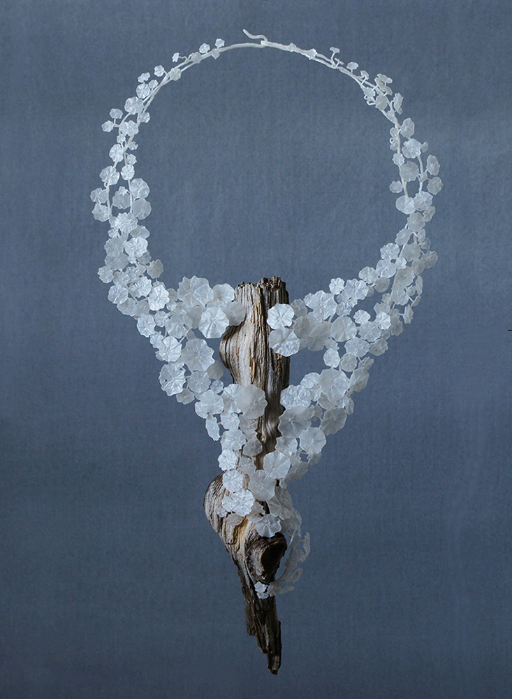 Wiebke Pandikow / necklace from the Tropaeolum series / 2015 / recycled plastic bags, wood